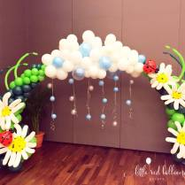 rainforest-birthday-balloon-decoration