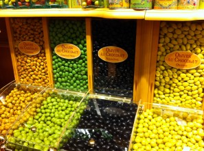 We were walking down from Sacre Coeur and stumbled upon this chocolate store that had a whole wall dedicated to these chocolate covered olives. In hindsight I should've bought some but I hesitated because it was only the beginning of our trip and I would have to figure out how to carry it with me for the next 5 weeks.
