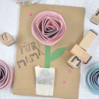 Muttertagskarten mit eingebautem Blumengruß