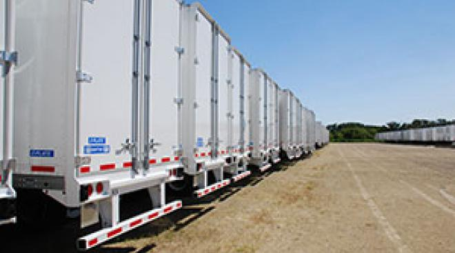 US Trailer Rental Sales Lease and Storage Buys Rents and Repairs All Commercial Trailers Reefers Flatbeds and Dry Vans image_20171206_043846_17
