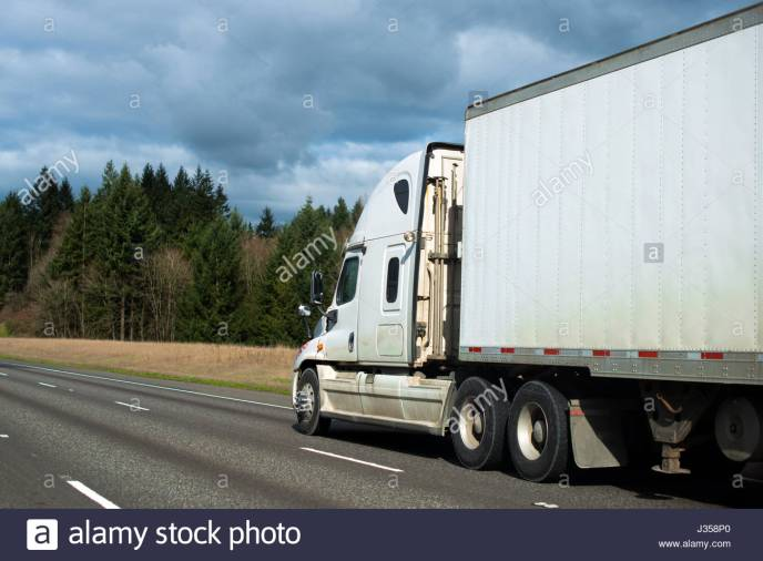 US Trailer Rental Sales Lease and Storage Buys Rents and Repairs All Commercial Trailers Reefers Flatbeds and Dry Vans image_20171206_043849_91
