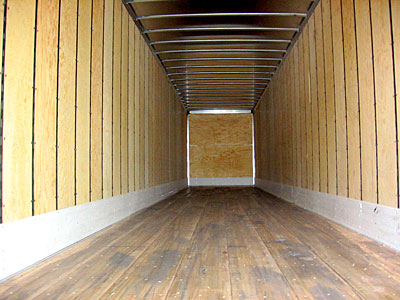US Trailer Rental Sales Lease and Storage Buys Rents and Repairs All Commercial Trailers Reefers Flatbeds and Dry Vans image_20171206_043903_265