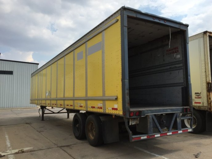 US Trailer Rental Sales Lease and Storage Buys Rents and Repairs All Commercial Trailers Reefers Flatbeds and Dry Vans image_20171206_043907_321