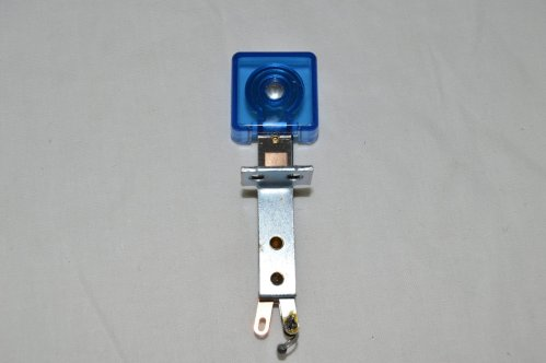 Blue Transparent Deep Square Target with Front Mount B-21912-10