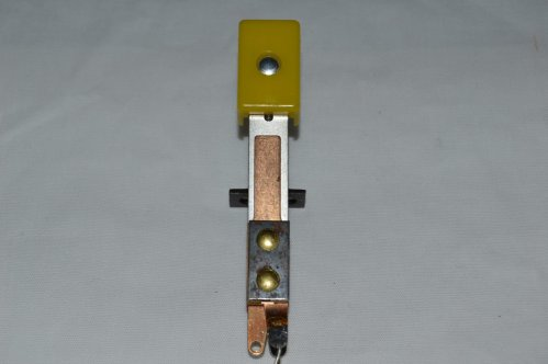 Yellow Deep Oblong Target Switch Assembly A-14793-19