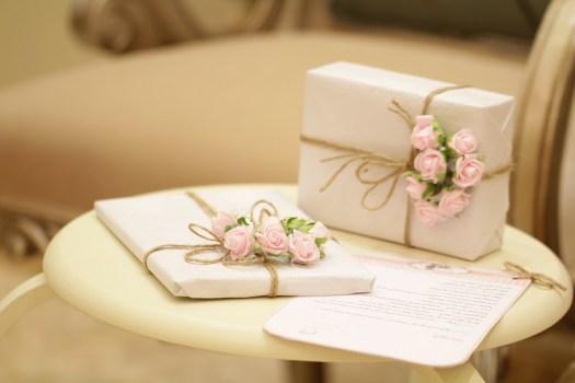 Wedding shower gifts by Photo by Wijdan Mq on Unsplash