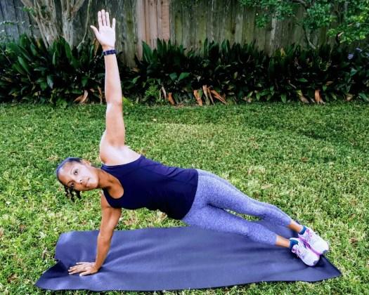 Beginner Strength Training Workout - Side Planks