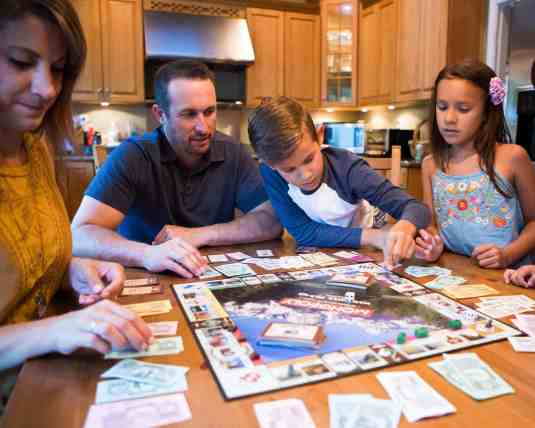 Indoor Christmas Activities for Families - Play Christmas games