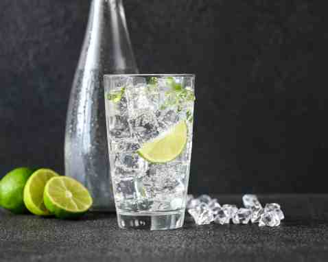 Tips for drinking more water - try sparkling water