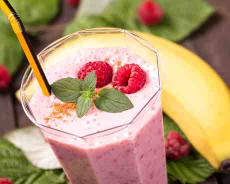 Frozen Banana Raspberry Smoothie Without Yogurt