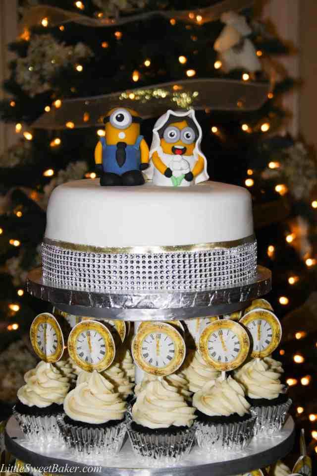 dark chocolate cupcakes with white chocolate buttercream-9