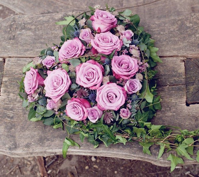 Little-Tin-Shed-Funeral-flowers-Heart-tribute