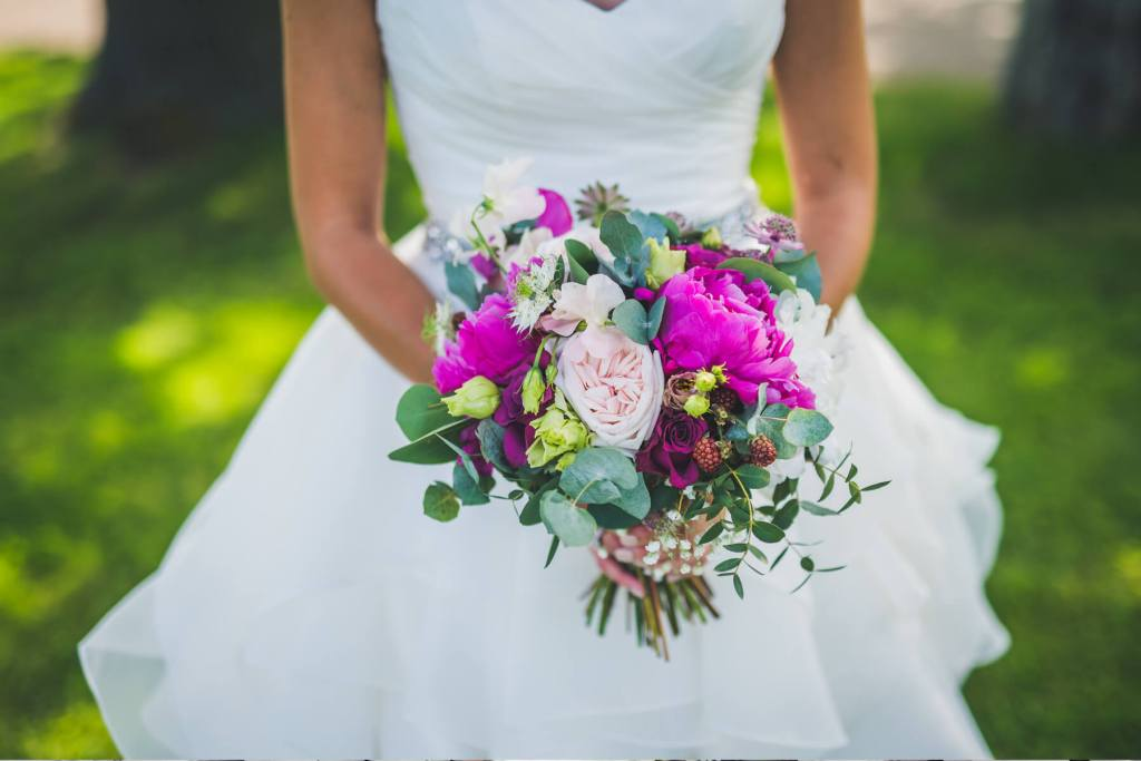 Little-Tin-Shed-Wedding-Flowers-Essex-peony-wedding