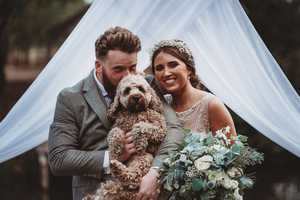 little-tin-shed-weddings-dogs-at-weddings-lockdown-wedding