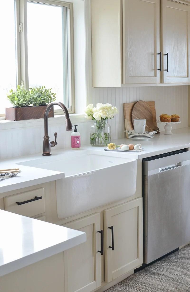Farmhouse Style Kitchen Makeover on Farmhouse Countertops  id=49013