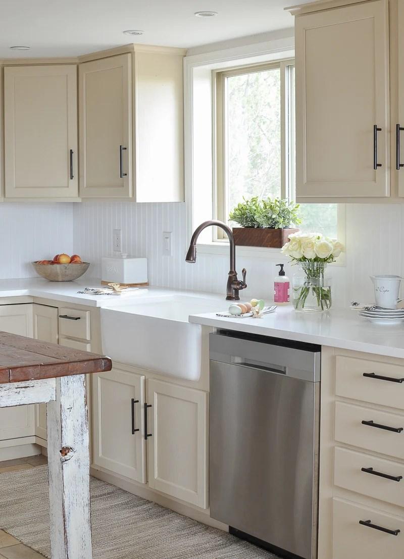 Farmhouse Style Kitchen Makeover on Farmhouse Countertops  id=23156