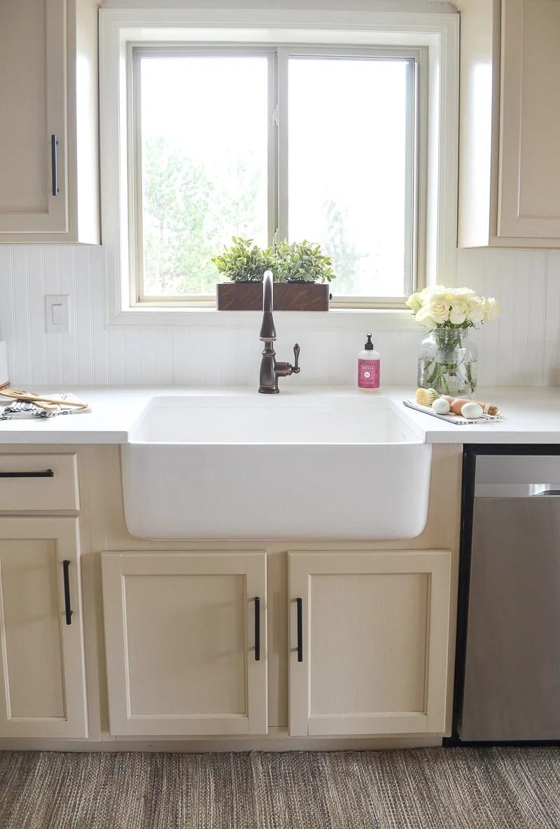 Farmhouse Style Kitchen Makeover on Farmhouse Countertops  id=39881