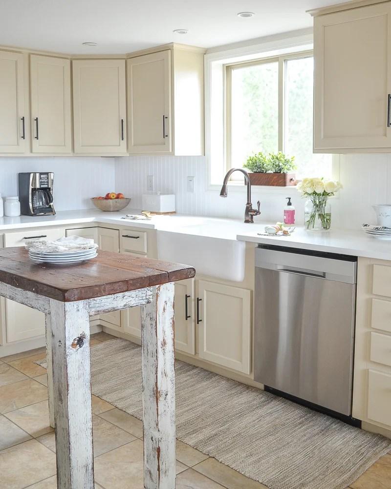 Farmhouse Style Kitchen Makeover on Farmhouse Countertops  id=49371