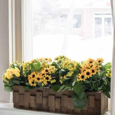 How to Build a Pretty Wooden Planter