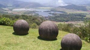 Мистериозните каменни топки в Коста Рика
