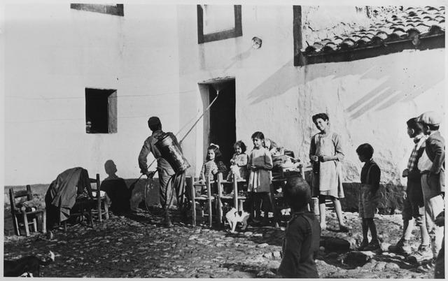 Disinfestazione di una casa in Sardegna tramite il DDT