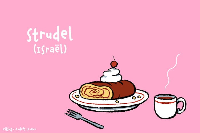 Posé sur une assiette près d'un café chaud, un strudel ressemble à une arobase