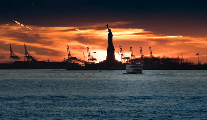 Prendre le ferry à New York offre souvent de bien belles expériences