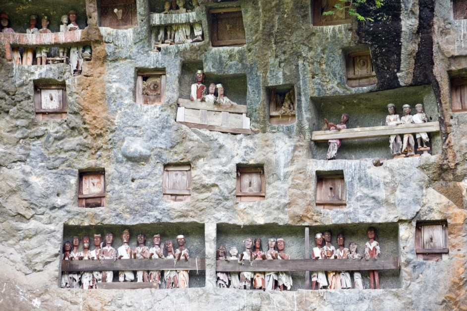 Death Traditions Around The World — Indonesia