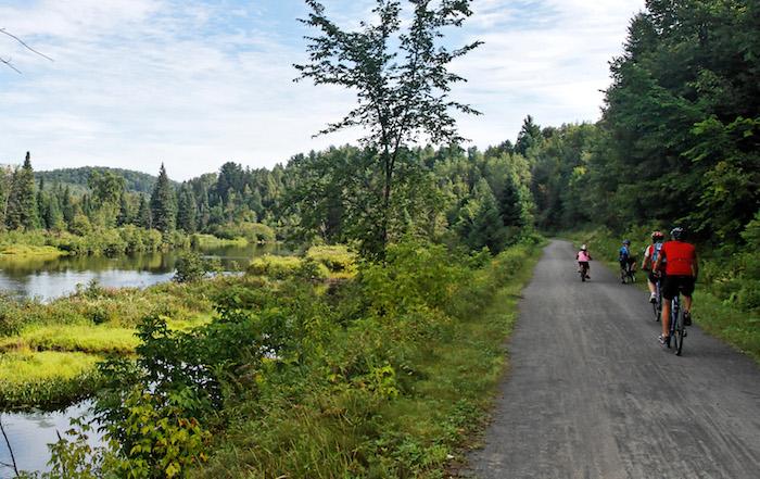 Le Québec offre de nombreux circuits touristiques