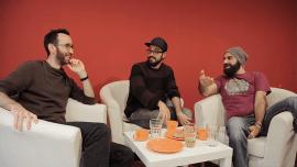 3 caras comuns podem aprender francês em 1 semana de trabalho?