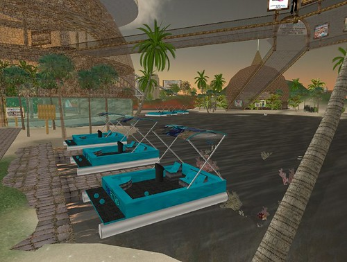 pond23_13_008.bmp | I created these mini harbours around ...