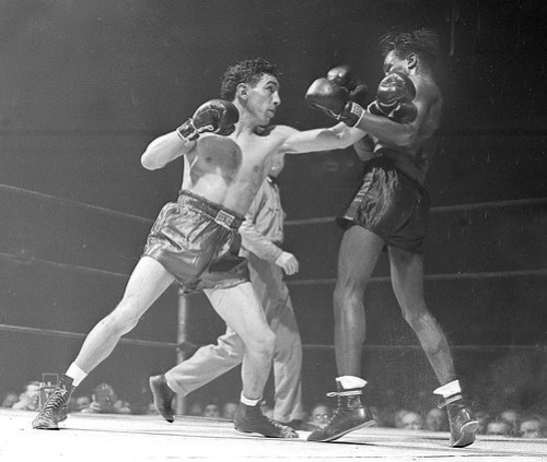 "Willie Pep vs Albert ""Chalky"" Wright"