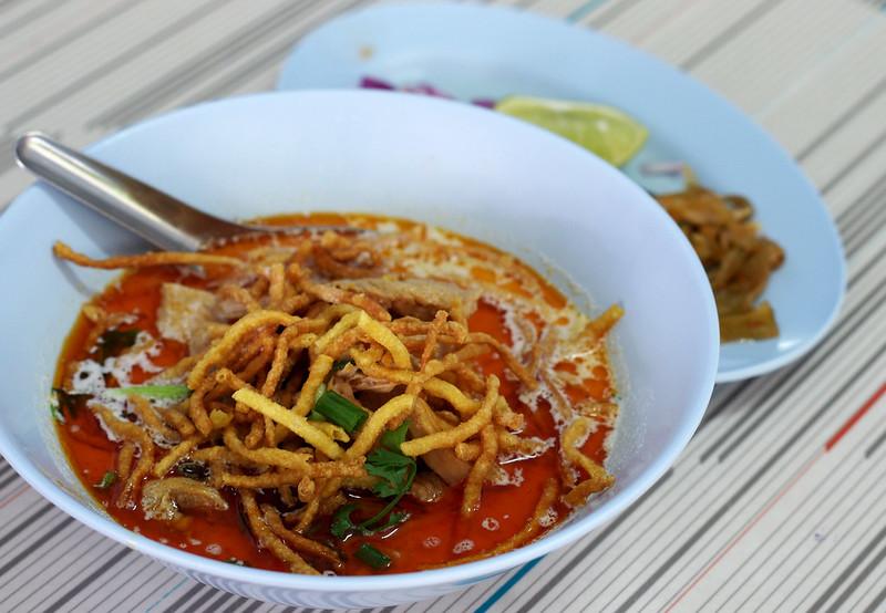 khao soi from por jai