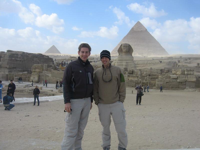 Sphynx and Pyramid of Kafhre
