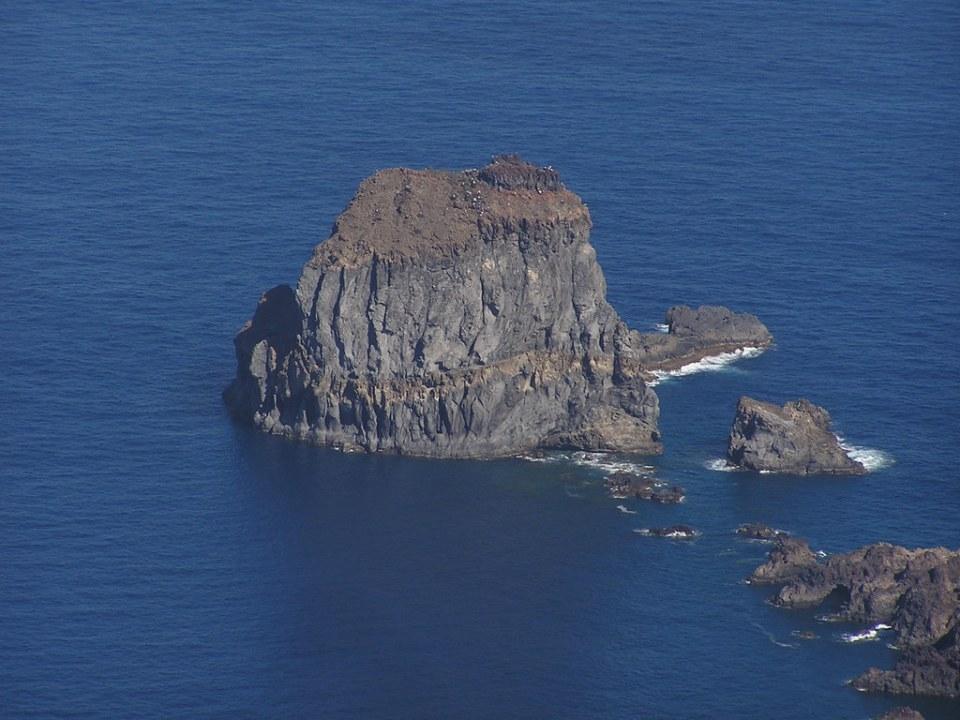 Roques de Salmor desde Mirador de La Peña Isla de El Hierro