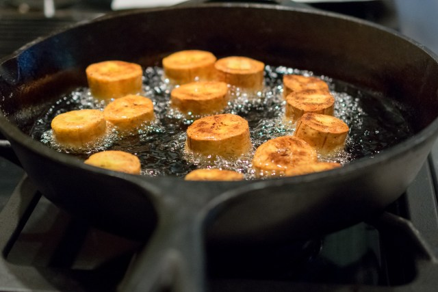 sizzling plantain slices