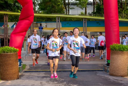 Looney Tunes Fun Run 2016