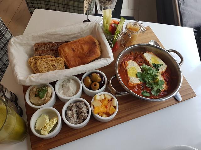 Frukost på Tel-Aviv Café