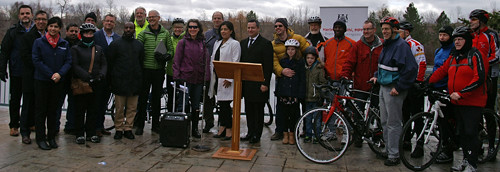 2016 08a Cycling Infrastructure announcement group_500