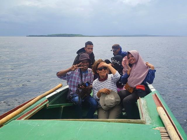 Hasrudin, Ferda, Yusli.  Behind them is Nurul and her husband. by bryandkeith on flickr