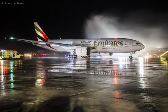 Boeing 777-200LR A6-EWI Emirates 1st flight to Santiago