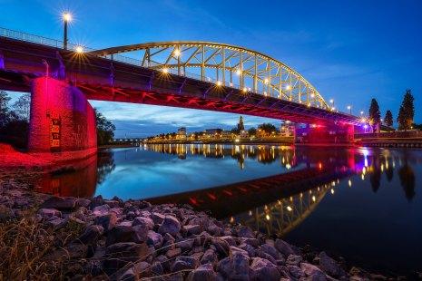 John Frostbrug Arnhem iconisch monument | Bridge too Liberation