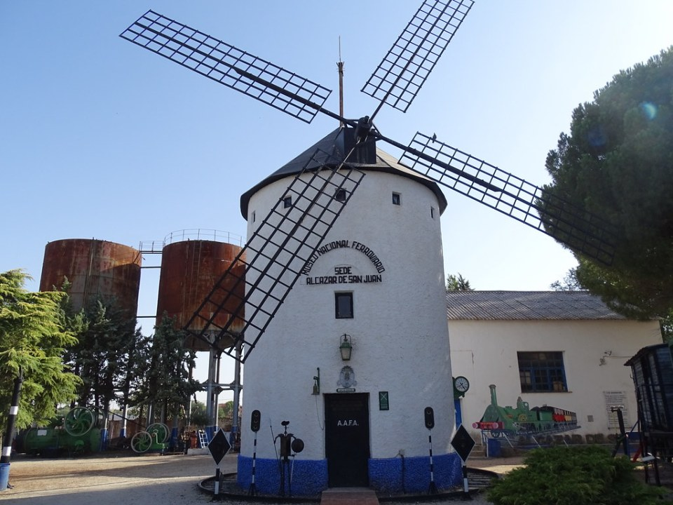 Depositos de agua y Molino Museo del Ferrocarril Alcazar de San Juan Ciudad Real