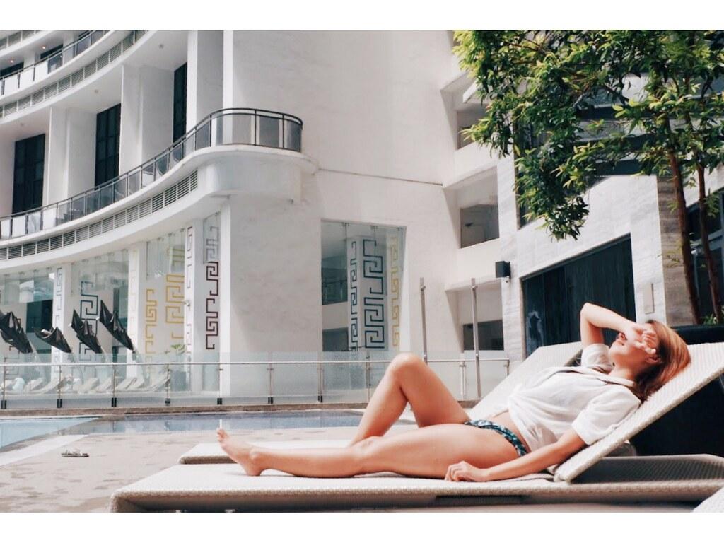 Eika x Camile - Tropical 3