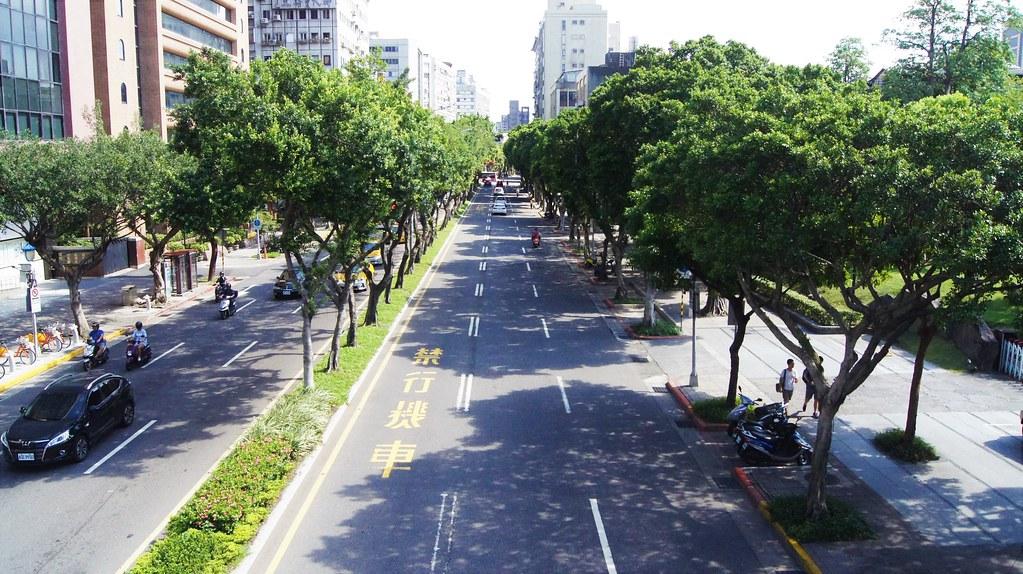 臺北市 重慶南路二段   慶 雲   Flickr