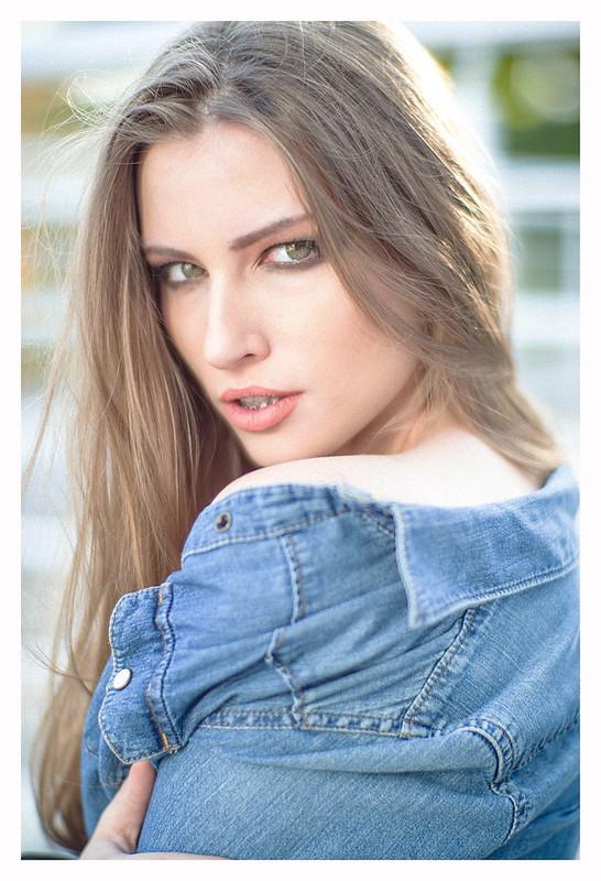 Leica CL + Noctilux 50mm f1