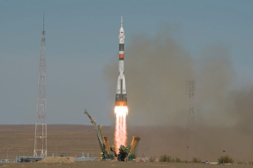 Expedition 57 Launch (NHQ201810110004)