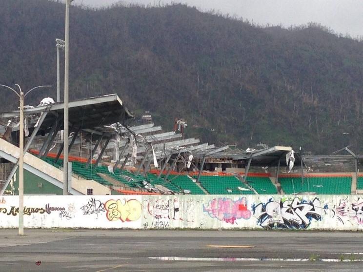 Así luce el Estadio Félix Millán de Yabucoa luego del huracán