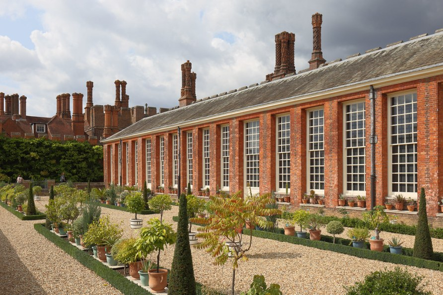 London - Hampton Court Palace