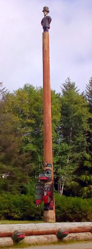 Proud Raven Pole with Abraham Lincoln on top by bryandkeith on flickr